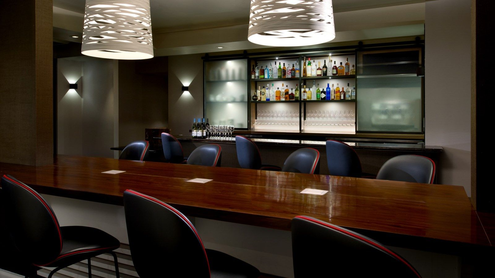 Le Meridien Delfina Santa Monica Meeting Space - Game Room Bar